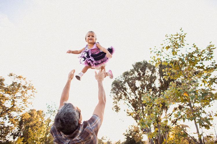16-fun-happy-family-photography-mark-brooke